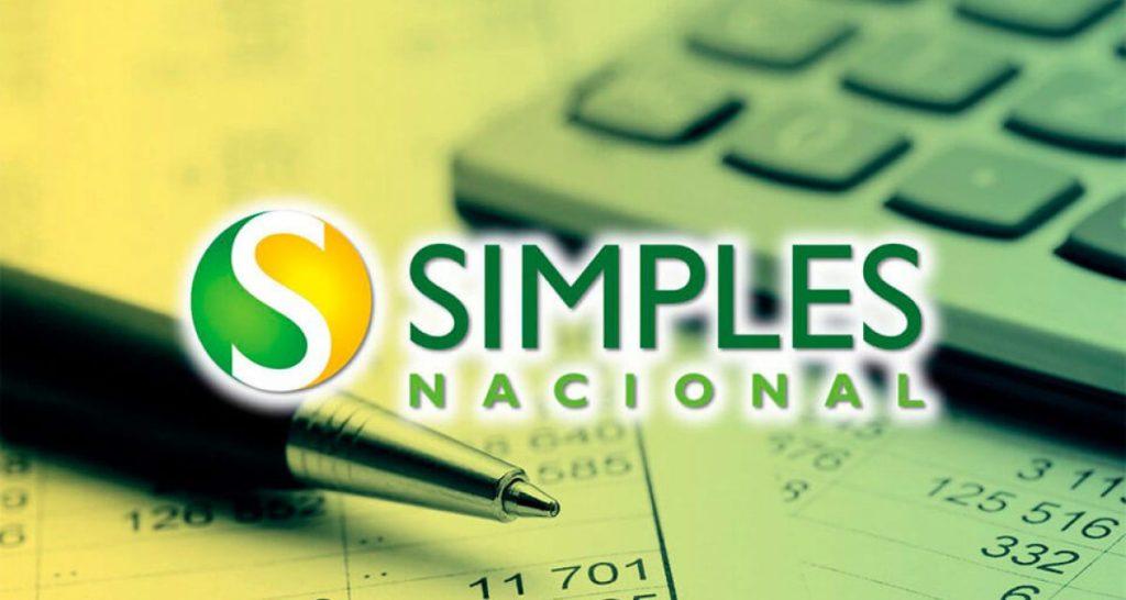 Inscritos no Simples Nacional poderão ganhar incentivo da Receita, afirma Guedes