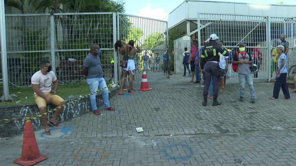 Sesc de Recife cria centro de APOIO ao requerente do auxílio emergencial (Imagem: Reprodução - TV Globo)