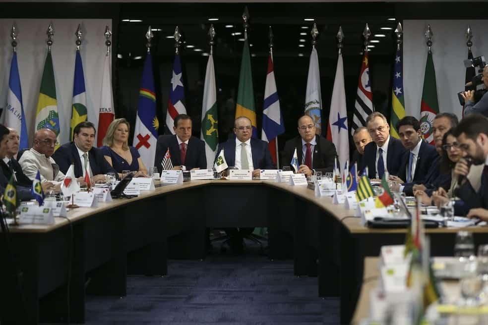 Embate no poder público: Governadores comunicam que NÃO vão aderir ao decreto de Bolsonaro