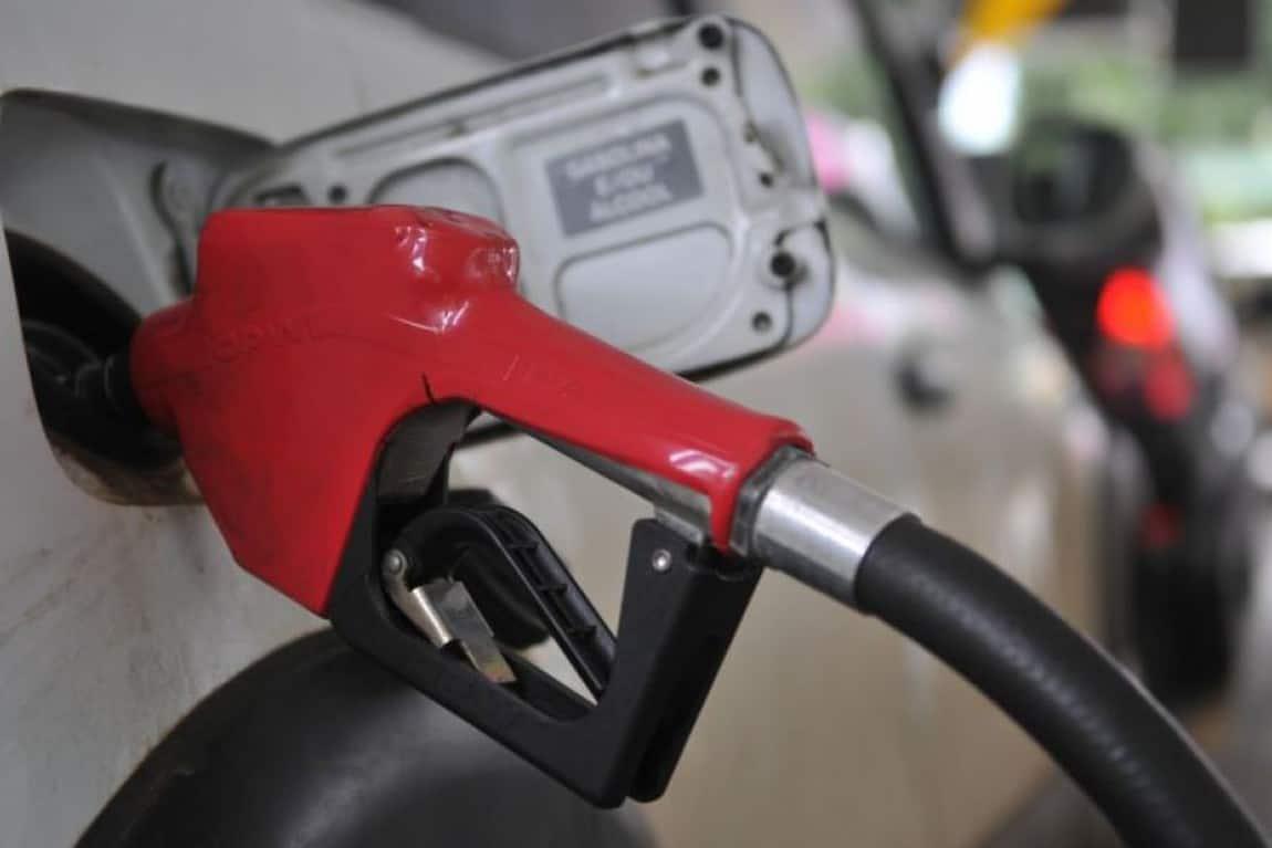 Gasolina e carne têm queda na crise do Covid-19; veja quanto! (Imagem: Reprodução - Google)
