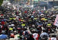 Motoboys anunciam greve de delivery nesta quarta-feira; entenda os impactos