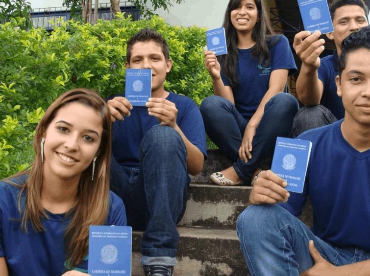 Projeto Jovem Aprendiz de Pernambuco capacita estudantes por meio de cursos online