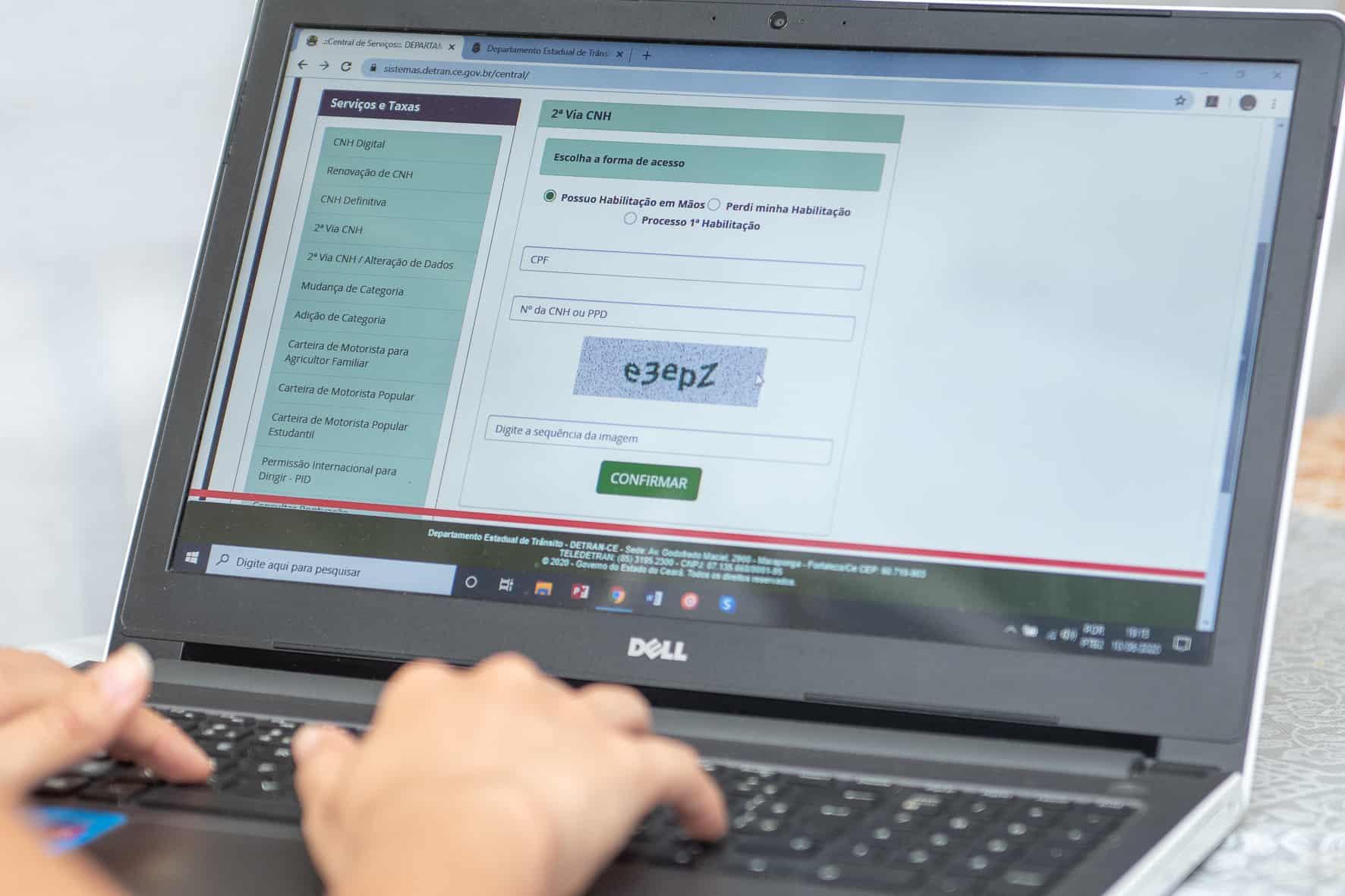 Detran-CE aumenta lista de serviços online e retoma atendimento presencial