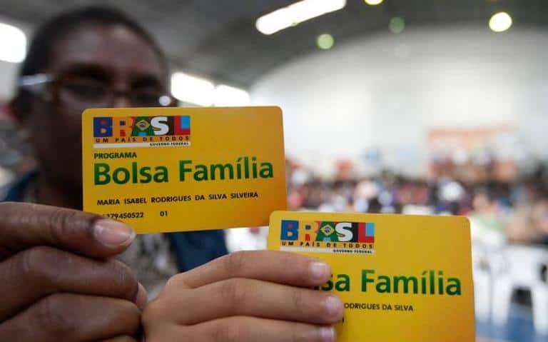 Bolsa Família acabou! O que vai acontecer com o SEU benefício? (Imagem: Reprodução - Google)