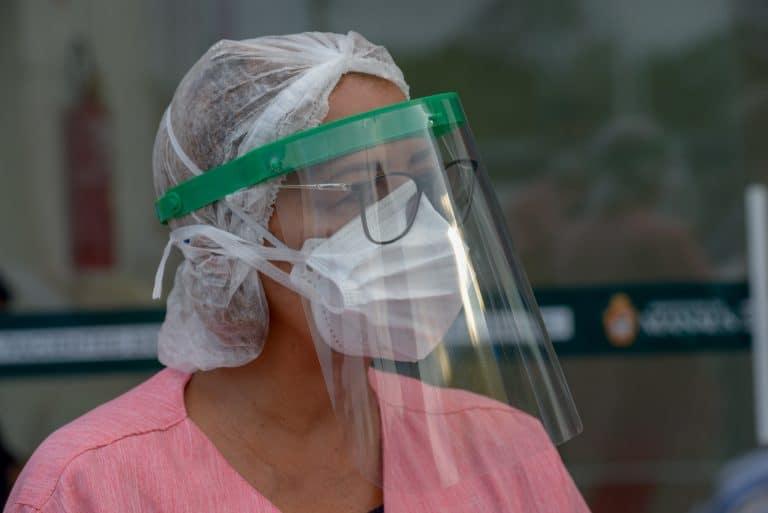 Trabalhador infectado com o Covid-19 pode contar com ESTES direitos (Imagem: Reprodução - Google)