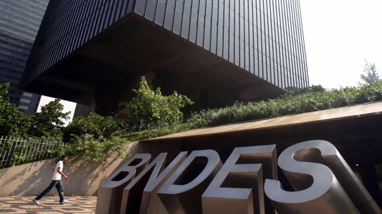 BNDES muda regras de acesso ao empréstimo para folha de pagamento