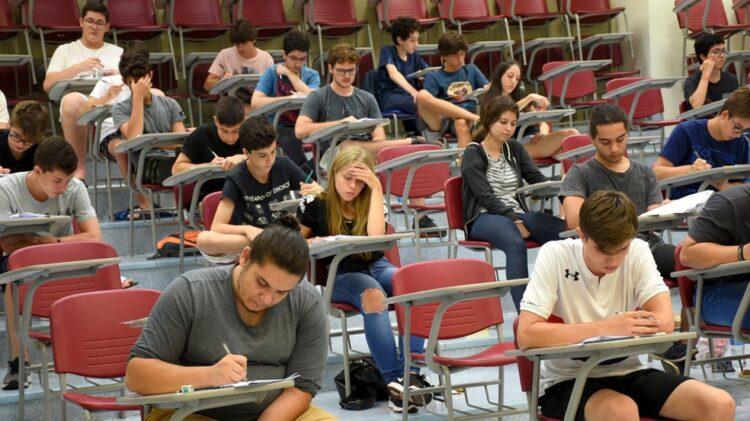 Vestibular Unicamp 2021 tem 34,2% de inscritos vindos da rede pública