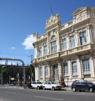 Feira de Santana muda regras para funcionamento dos comércios de rua