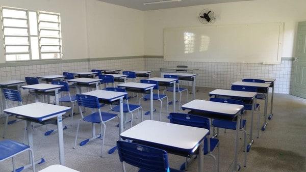 Volta as aulas no Rio de Janeiro são adiadas por insegurança dos pais