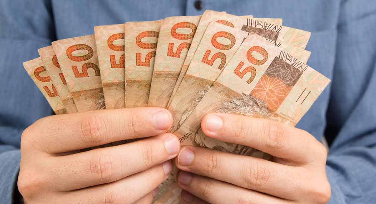 FGTS emergencial libera novo depósito na conta poupança hoje (3); veja quem recebe (Imagem: Reprodução - Google)