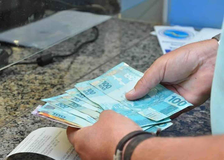 Aposentados do INSS ficarão sem reajuste salarial em novo programa do governo (Imagem: Google)