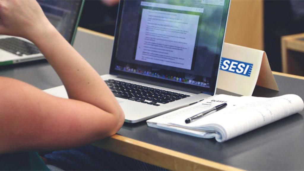 Cursos gratuitos UFV: Inscreva-se para assistente administrativo e contabilidade