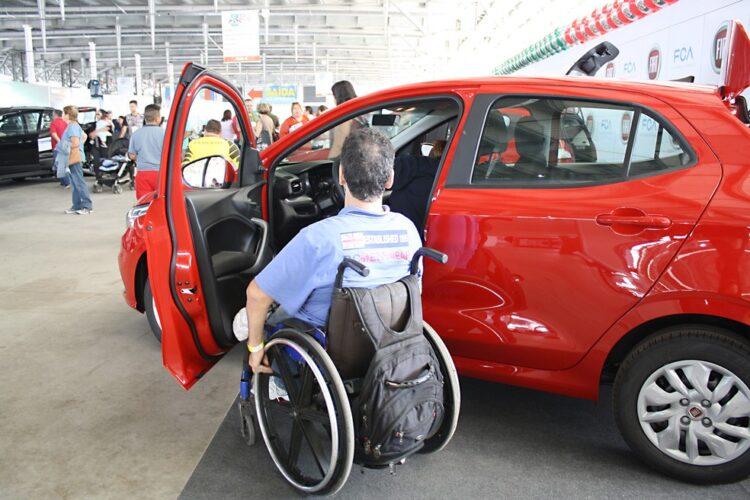 Isenção IPVA: SP estuda acabar com benefício para pessoas com deficiência