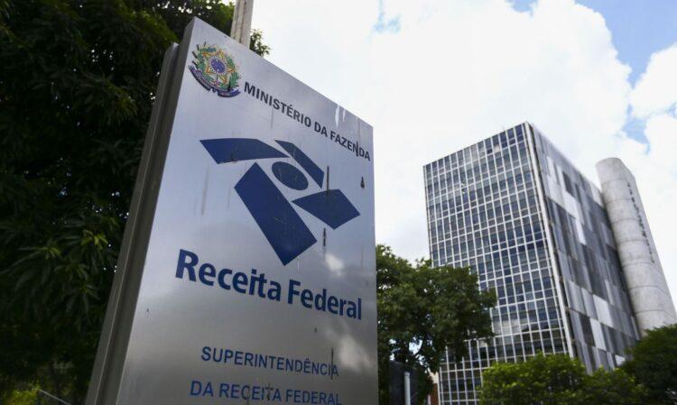Antecipe restituição do IRPF 2021 e mude calendário da Receita Federal