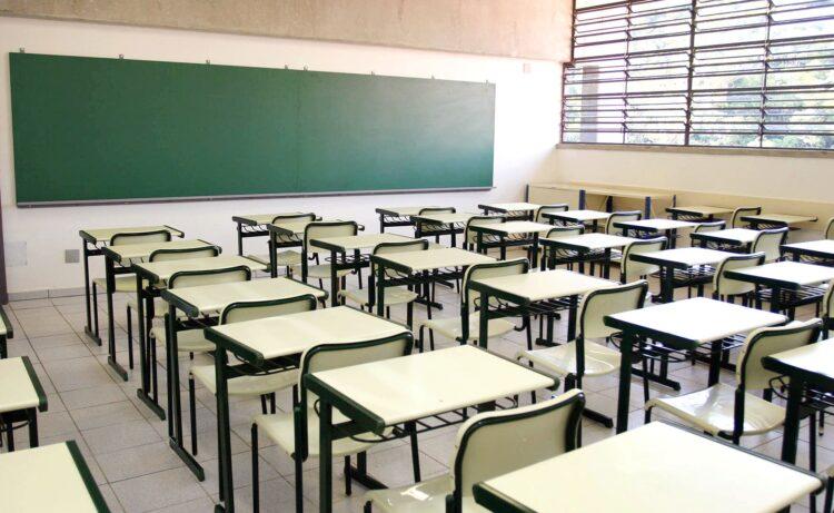 Câmara de São Paulo aprova retorno facultativo das aulas na capital