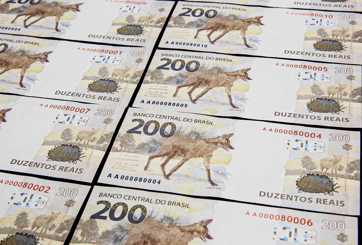 LANÇADA! Nota de R$200 entra em circulação no mercado; conheça cor, modelo e estampa (Imagem: Google)