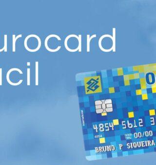 O Ourocard Fácil é um cartão de crédito ideal para as pessoas que desejam fazer compras no Brasil ou exterior