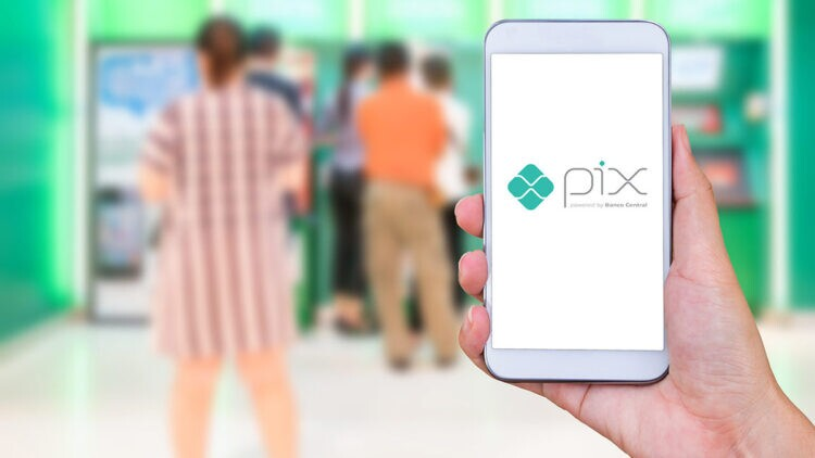 PIX já se torna alvo de novos golpes; aprenda a se proteger desta ameaça
