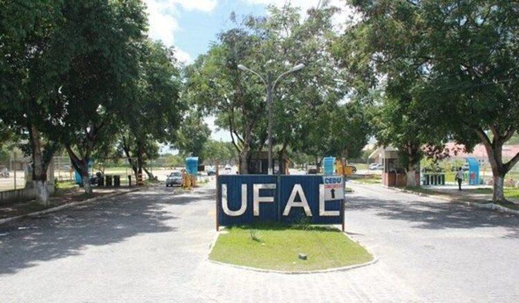 UFAL garante volta das aulas remotas para outubro de 2020