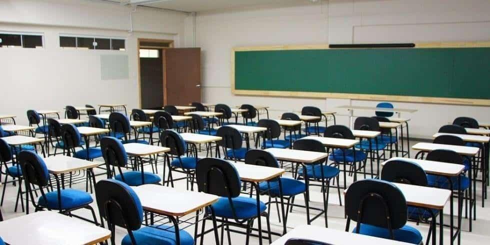 Governo prevê volta das aulas presenciais este mês em Santa Catarina (Imagem: Google)