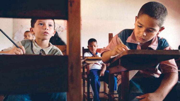 Secretaria do Espírito Santo exige CPF de todos os alunos para matrícula escolar