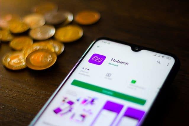 Nubank: Qual motivação da fintech para a compra da Easynvest? Entenda