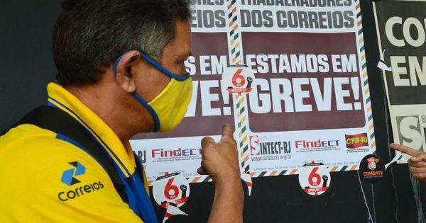 Correios: Paulo Guedes assina projeto de lei que propicia privatização da estatal