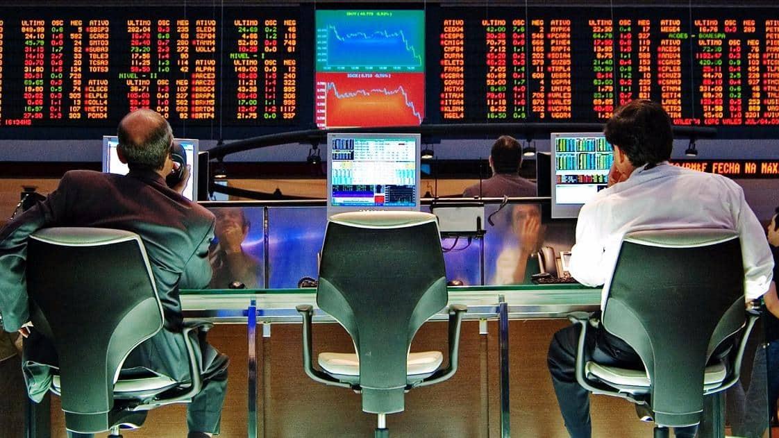 Ibovespa Futuro abre o dia com oscilações em decorrência do noticiário político dos EUA