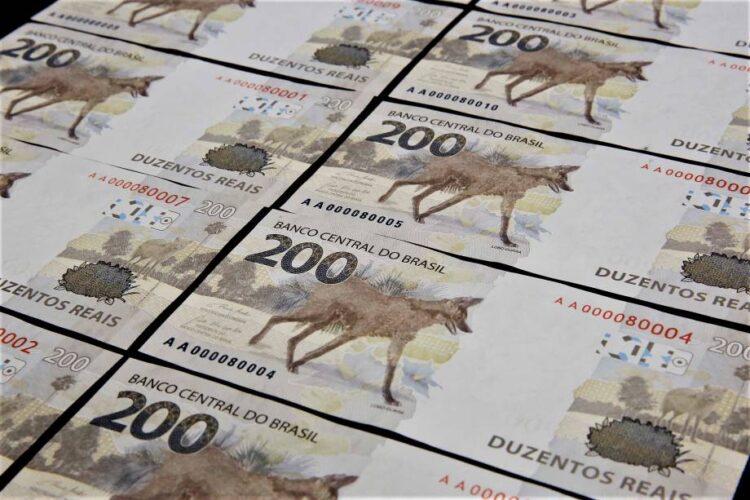 Entenda porque a Defensoria Pública quer suspender circulação da nota de R$ 200