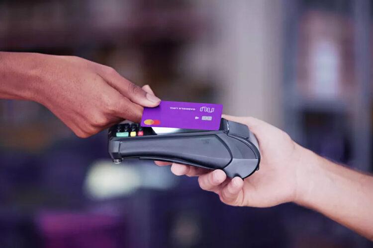 Nubank dobra valor limite para pagamentos por aproximação