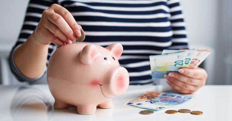 Com Selic em 2% saiba quanto RENDE R$5 mil e R$10 mil na renda fixa
