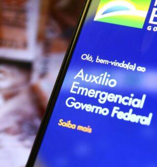 Auxílio emergencial paga R$300 para nascidos em fevereiro nesta segunda-feira