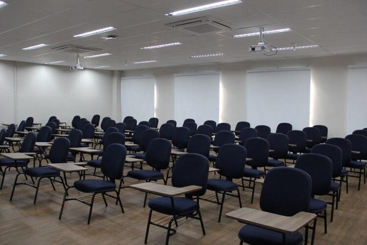 Cursos técnicos e escolas de pré-vestibular podem retomar aulas em Campo Grande-MS