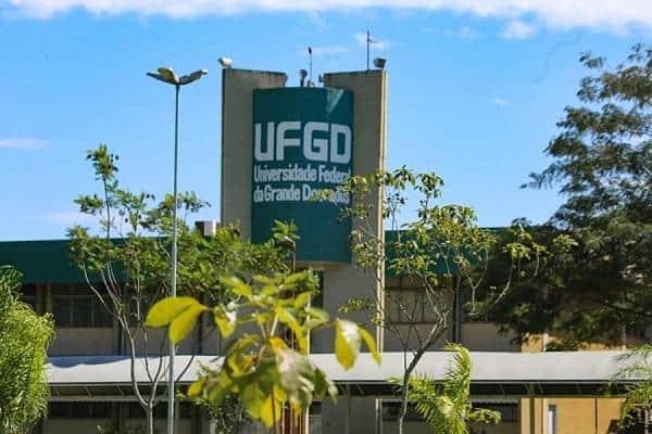Pedidos de isenção do vestibular UFGD terminam nesta semana; saiba como pedir!
