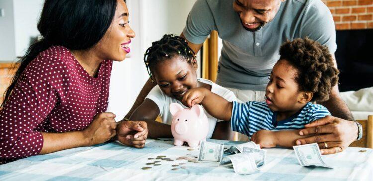 Dia das crianças: Como escolher o MELHOR investimento financeiro para o seu filho?