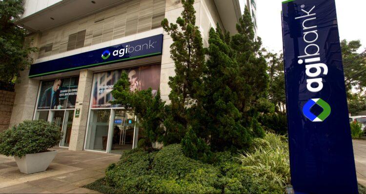 O Agibank foi fundado em 1999 por Marciano Testa e sediado em Porto Alegre