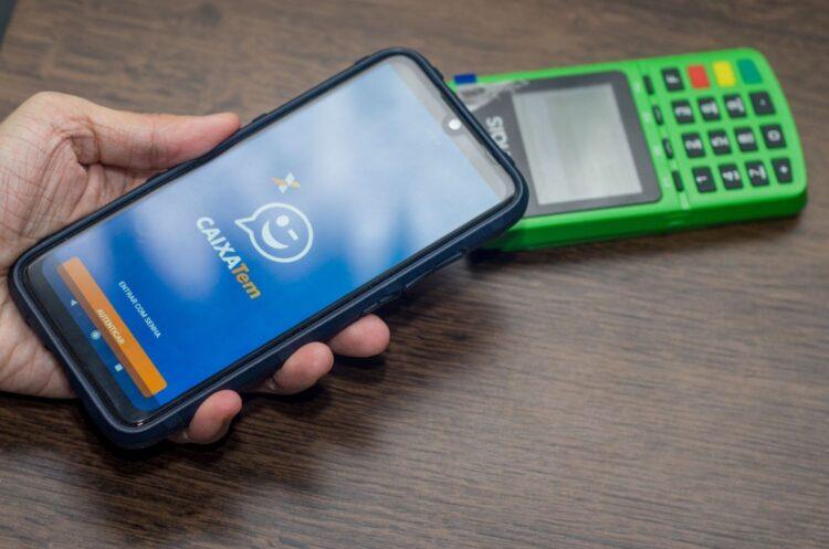 Caixa Tem: Quais beneficiados do FGTS e auxílio emergencial precisam baixar o app?