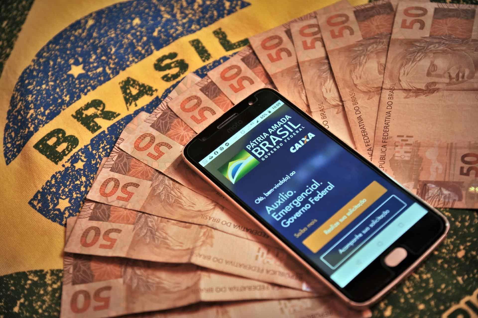 Fim do auxílio emergencial vai tirar movimentação de R$100 milhões em compras durante 2021 (Imagem: Google)