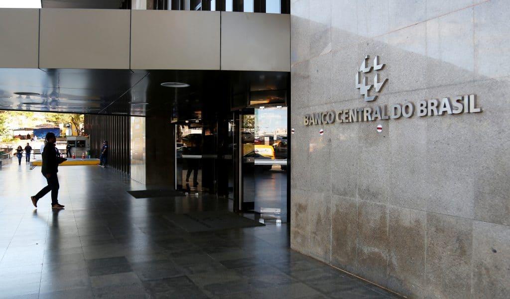 Projeto que trata da autonomia do Banco Central tem votação adiada para novembro