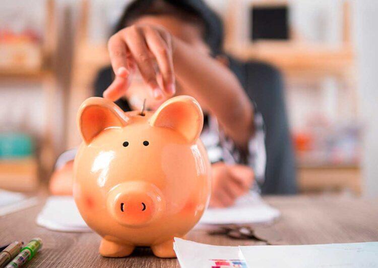Descubra formas para abordar educação financeira com os filhos