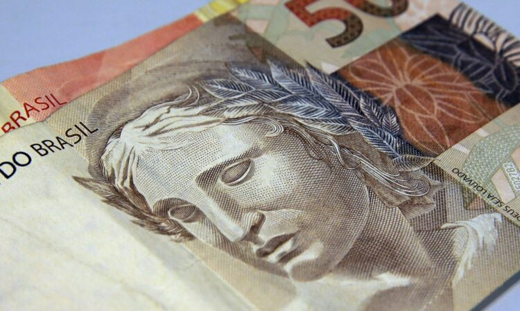 Febraban projeta crescimento de 9,4% da carteira total de crédito para este ano