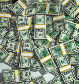 Dólar abre o dia em queda com influência do cenário político de incentivo fiscal nos EUA