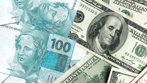 Dólar abre a quarta feira em queda de 0,14% sendo negociado a R$5,57