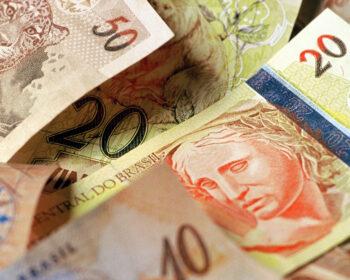 Preocupação com gastos do governo impacta no Tesouro Selic