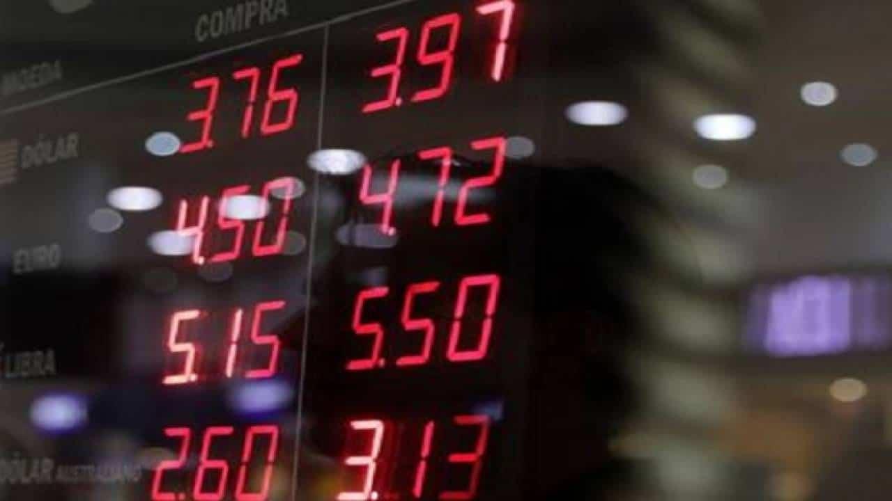 A paralização da vacina do Covid-19 e a incerteza do estímulo financeiro nos EUA movimentaram o mercado financeiro recentemente
