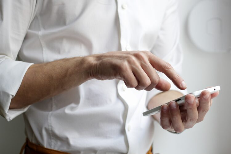 Instituições financeiras que cadastrarem chaves Pix sem autorização poderão receber multas