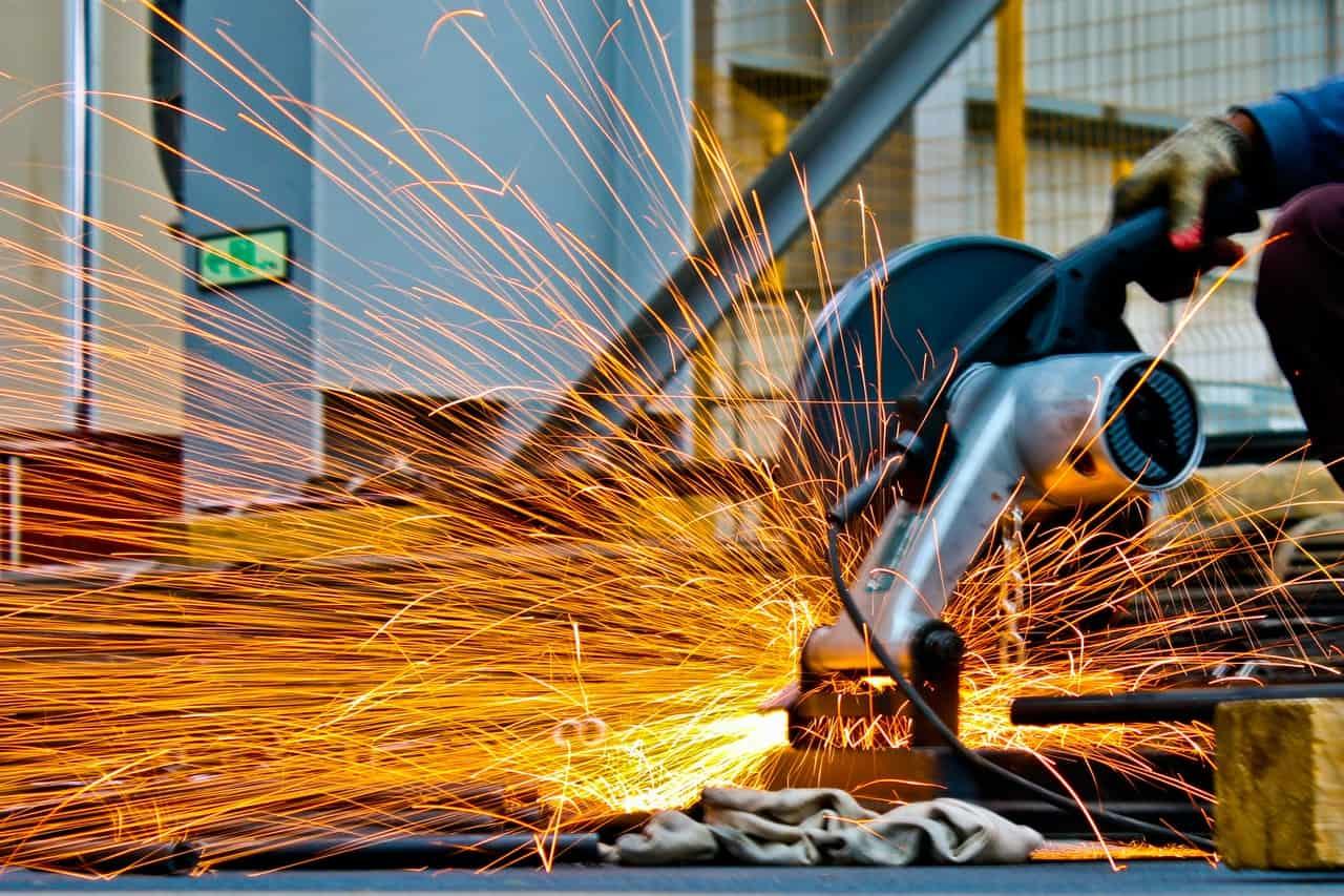 Índice de Confiança da Indústria registra alta no mês de outubro, segundo FGV