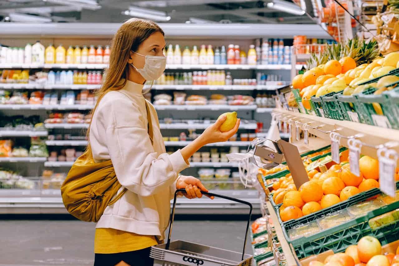 Supermercados já sentem queda nas vendas com redução do auxílio emergencial e aumento da inflação