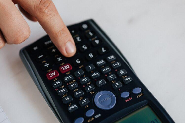 Confira como é realizado o cálculo do Fator R do Simples Nacional