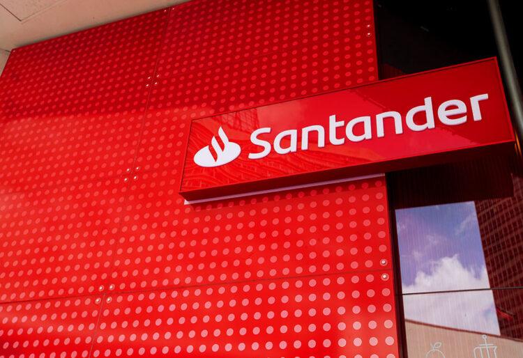 Santander: Plataforma de empréstimos Sim atinge 1 milhão de cadastros
